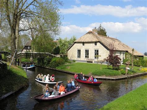 film giethoorn sexy woman giethoorn the dutch village with no roads