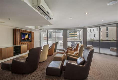 evolution appartments hotel evolution apartments in brisbane starting at 163 48