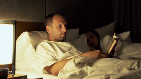 reading l bed cl reading in bed 28 images couple reading in bed stock
