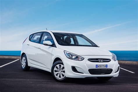 2015 hyundai accent pricing and specifications photos 1