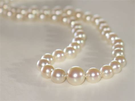 pearls with gold vintage graduated pearls necklace in 14k white gold clasp