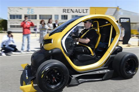 renault twizy f1 price twizy renault sport f1 concept where f1 meets ev image