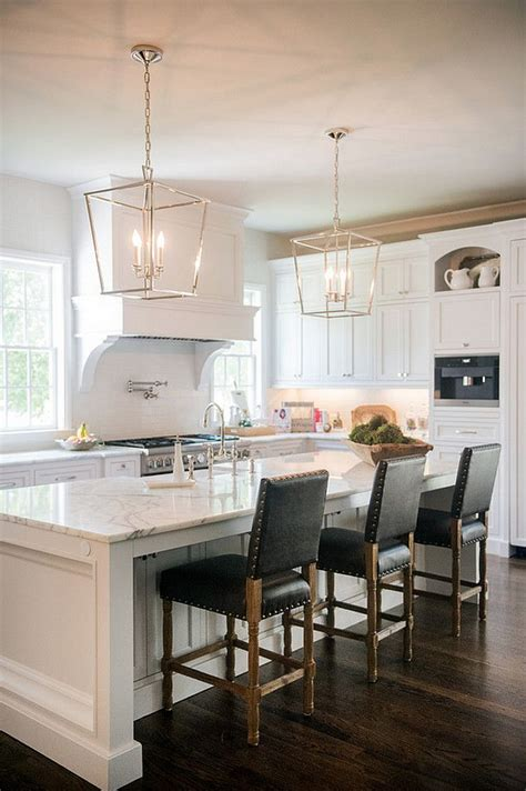 lights for kitchen islands best 25 kitchen chandelier ideas on