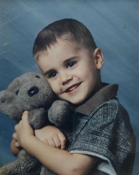 justin bieber biography childhood justin bieber celebrity facts