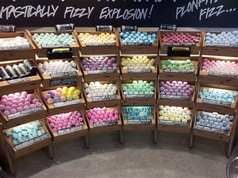 How To Store Handmade Soap - found this great display of bath bombs crafts fair booth