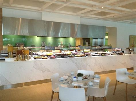Breakfast Buffet Picture Of Sheraton Grand Mirage Resort Sheraton Gold Coast Buffet