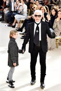 Runway Karl Lagerfeld by Kendall Jenner And Gigi Hadid Walk Chanel S Fashion