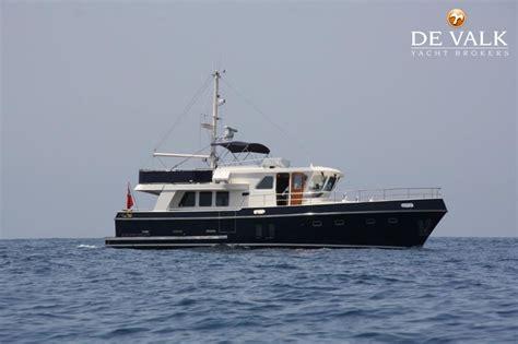 valk yachting loosdrecht privateer trawler 52 motorboot te koop jachtmakelaar de valk