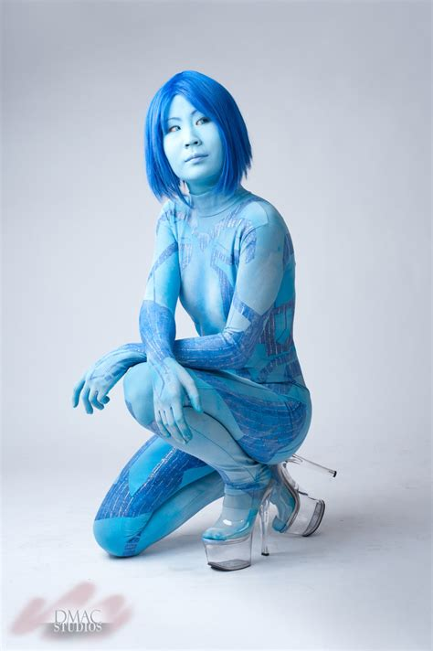 show me images of you cortana please show me cortana cosplay costumes newhairstylesformen2014 com