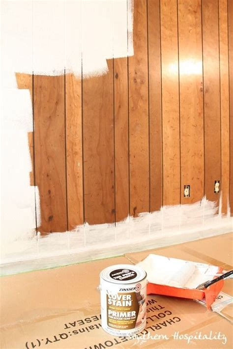 painting wall paneling 25 best ideas about paint wood paneling on pinterest