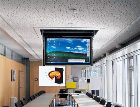 Fernseher An Der Decke Befestigen by M 246 Bel Unter Strom Teil 3 Flachbildschirme In Bewegung