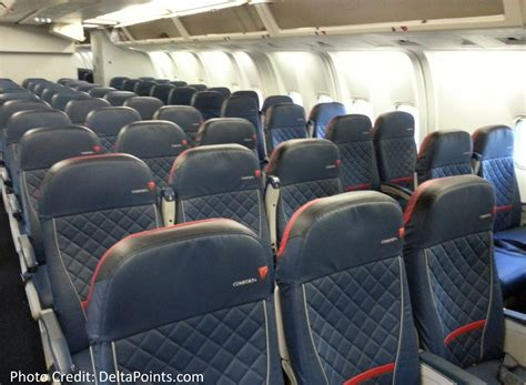 delta economy comfort review delta 767 300 domestic comfort plus seat 1 delta points