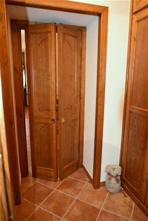 porta a soffietto in legno porta a soffietto in legno su misura fabbrica di portoni