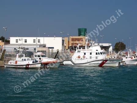 capitaneria di porto manfredonia capitaneria manfredonia foto