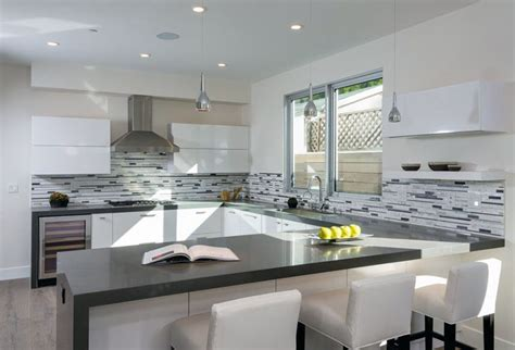 29 gorgeous kitchen peninsula ideas pictures designing
