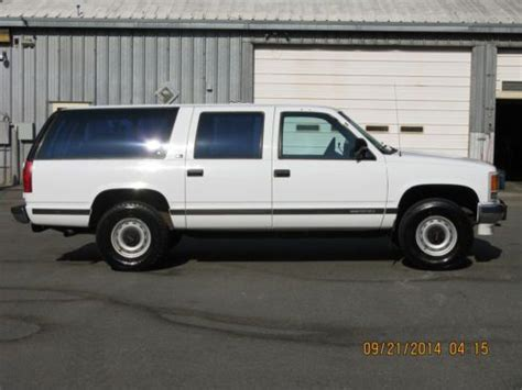 service repair manual free download 1993 gmc 1500 user handbook service manual 1993 gmc suburban 1500 door removal 1993 gmc suburban 1500 owners manual