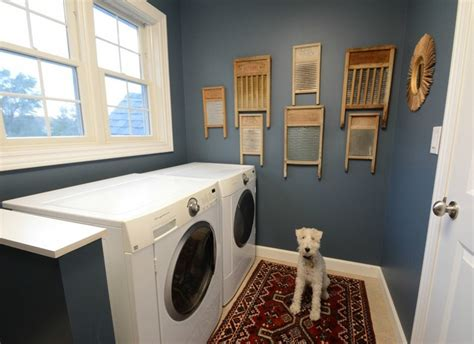 Decorating Laundry Room Walls Diy Laundry Room Decor Using Wooden Shelves And Vintage Accessories Decolover Net