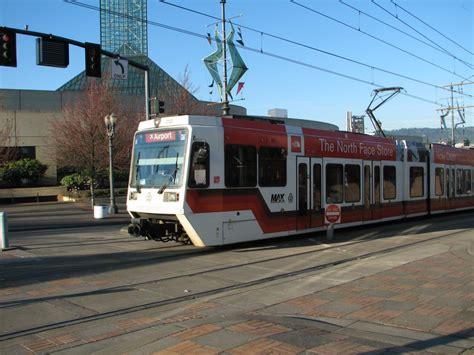 light rail gt portland max gt img 2912 jpg railroad and