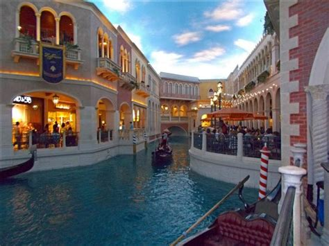 boat ride venetian boat rides picture of the grand canal shoppes at the
