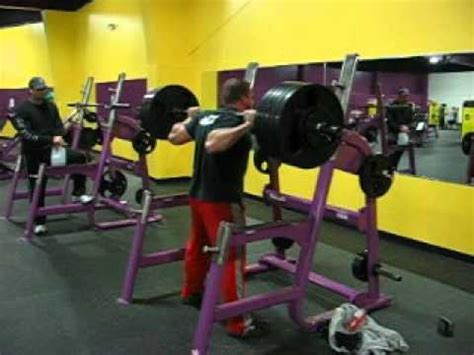 Planet Fitness Removes Squat Racks by 525lbs Squat