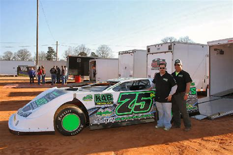 luvracin presents outlaw motorsports park race car