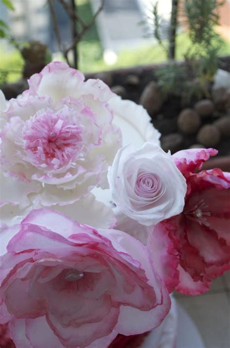 How To Make Rice Paper Flowers - ruffle pink cake with rice paper flowers