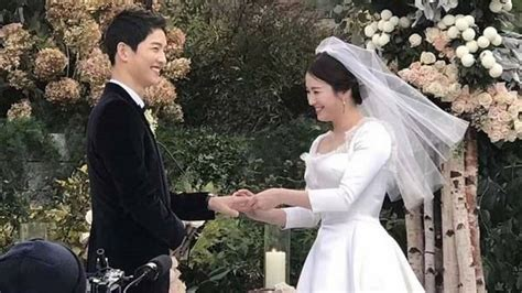 everything you need to about song joong ki song hye