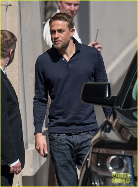 how to style jax teller 434 best mr hunnam images on pinterest charlie hunnam