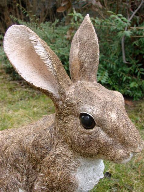 garten deko hase hase kaninchen karnickel wildhase figur deko gartenfigur