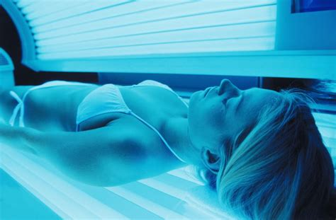 safe tanning beds safety and risks of indoor tanning booths