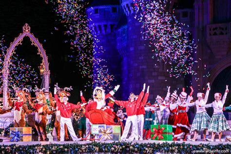 mickey s very merry christmas party photography dis blog
