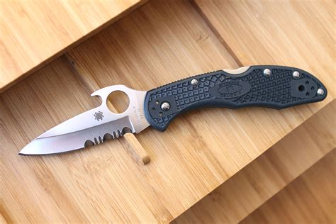 delica emerson spyderco delica and endura with emerson opener review