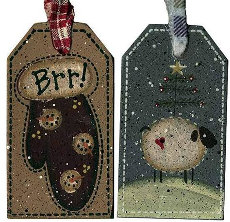 primitive winter holiday wooden gift tag home decor