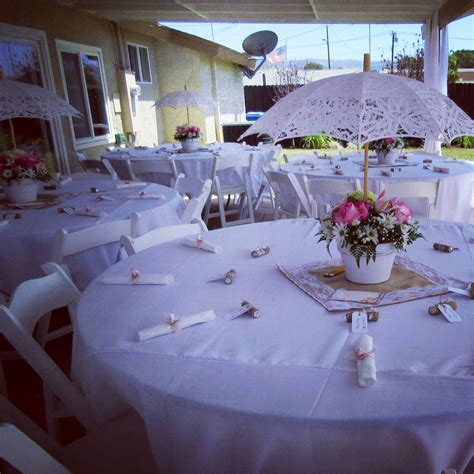Pretty Tables And Umbrella Centerpieces Vintage Theme Baby Shower Umbrella Centerpieces