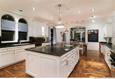 How To Spell Kitchen by Spelling S Home For Sale Gourmet Kitchen 2