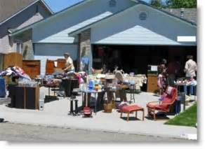 Garage Saling Tips by Pin By On Random Of Mine