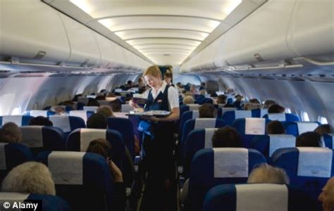 Jetblue Cabin Crew by Jetblue S Steven Slater Has One Air Hostess S Support