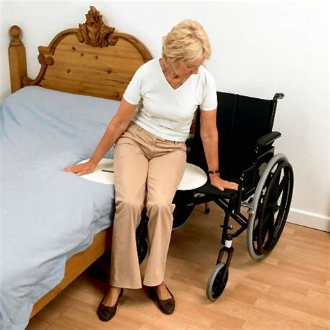 Transfer Bed To Chair by Bed To Chair Transfer Roole