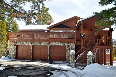mammoth lakes cabin mammoth luxury home rentals home garage on garage doors