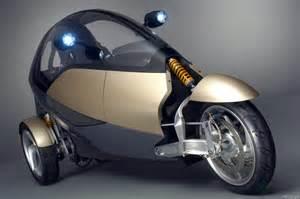 three wheel future design for eco friendly transport