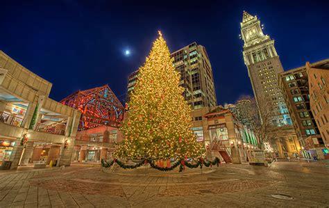 Faneuil Hall Tree Lighting Saturday Nu Student Life Lights Boston Ma