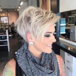 11 coupes courtes coiffure simple et facile