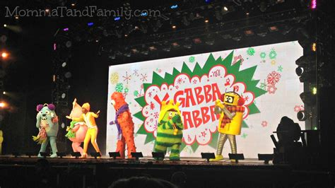 gabba gabba live a awesome yo gabba gabba live show is a