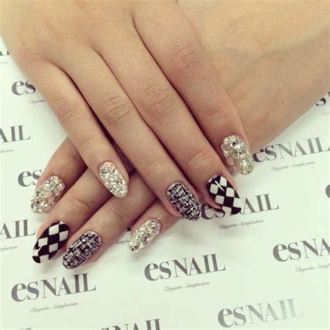 nails nail art nail design manicure oval nails