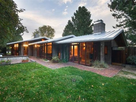 mid century ranch house decorating ideas for long walls atomic ranch mid century