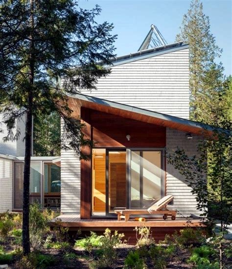 building a shed roof house compared with a pitched or