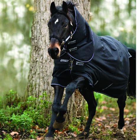 Amigo Decke 400g by Horseware Amigo Bravo 12 Plus M Halsteil 400g