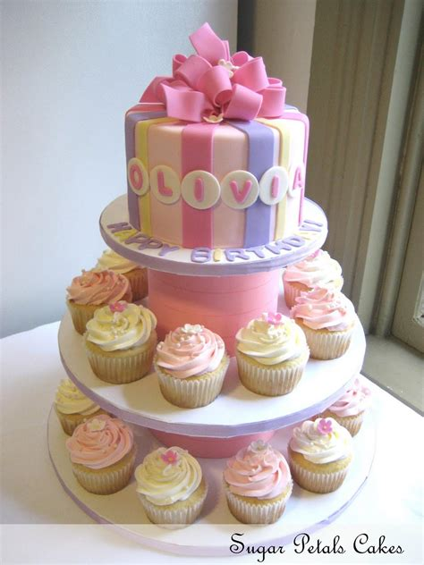 cupcake birthday cake sugar petals cakes cupcakes for