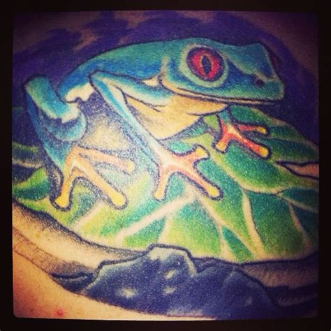 frog lily pad tattoo designs frog on pad www imgkid the image kid