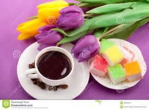 fiori e dolci fiori caff 232 e dolci fotografie stock immagine 28806443